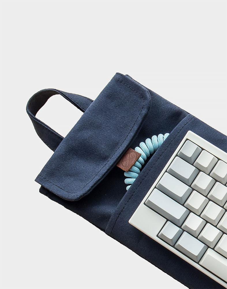 60 Mechanical Keyboard Sleeve Case In Midnight Blue Modern